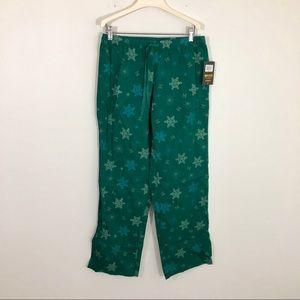 NWT Life is Good Green Snowflake Pj Lounge Pants